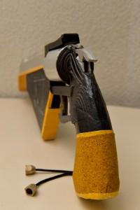 ハーディス 紙工作 銃 ダンボール リボルバー
